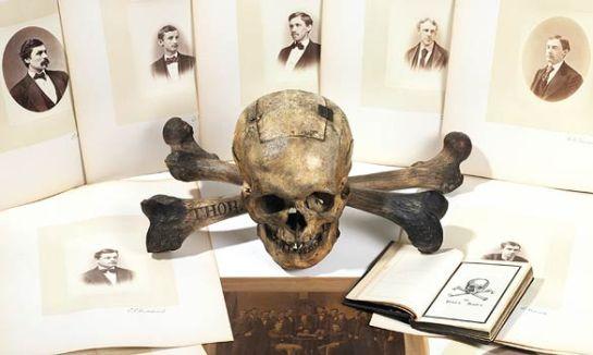 skull-and-bones_668551a